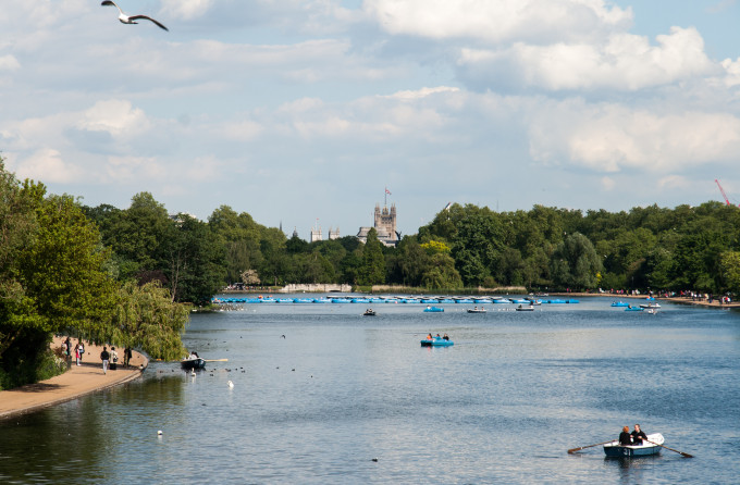 Hyde Park and scullers