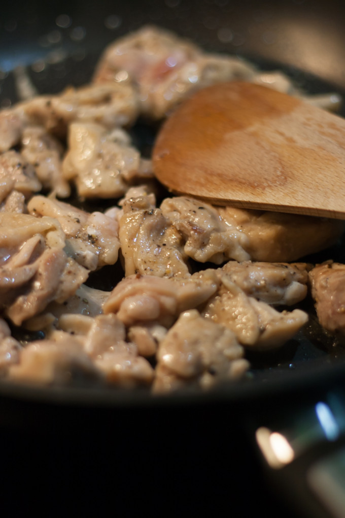chicken meat on frying pan